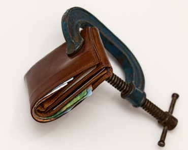Controlling debt by locking your wallet