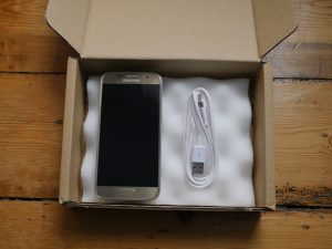 Samsung Galaxy S7 delivered by musicMagpie