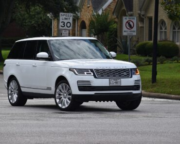 A white Range Rover