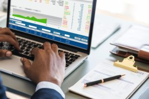 Predicting money growth through savings