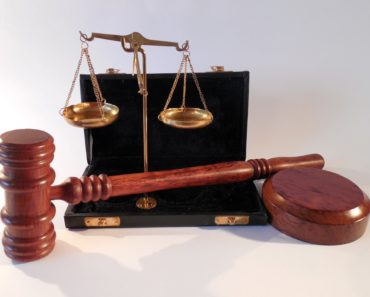How to Choose a Perfect Law Firm