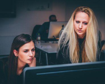 Businesswomen and teamwork