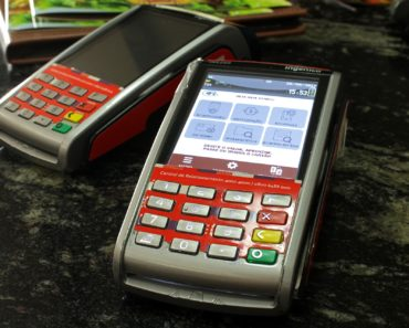 5 Benefits of a Card Reader for Small Businesses