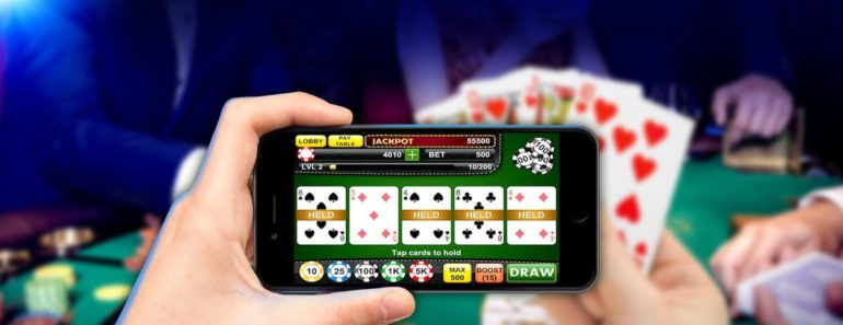 Playing poker on a mobile phone