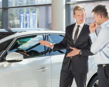 5 Tips for Negotiating with a Car Salesman
