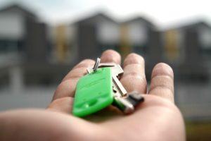 Holding door keys