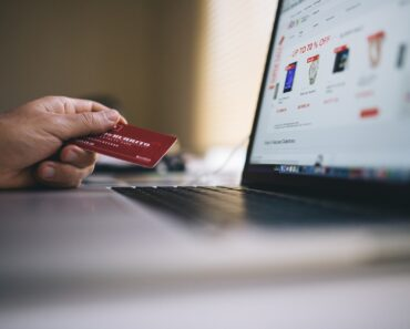 Ecommerce Strategies SME's Can Learn from Internet Giants