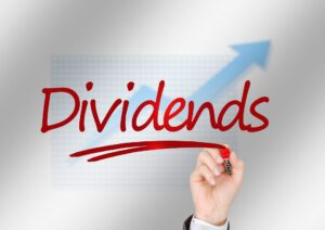 The word dividends being written