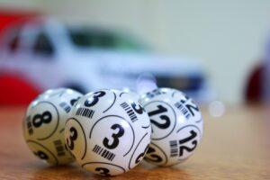 Lottery or bingo balls