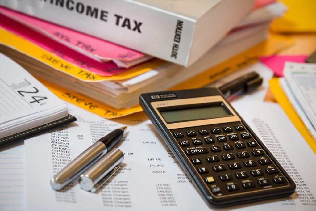 Income tax manuals and calculator