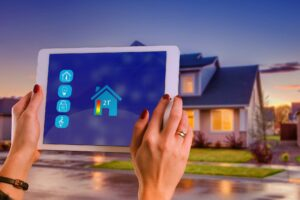 Controlling a smart home with an iPad