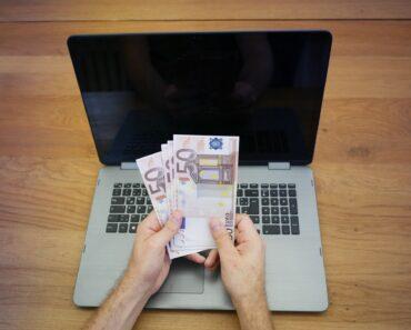 Winning money online using a laptop