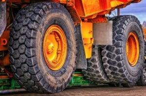 Large wheels on construction machinery
