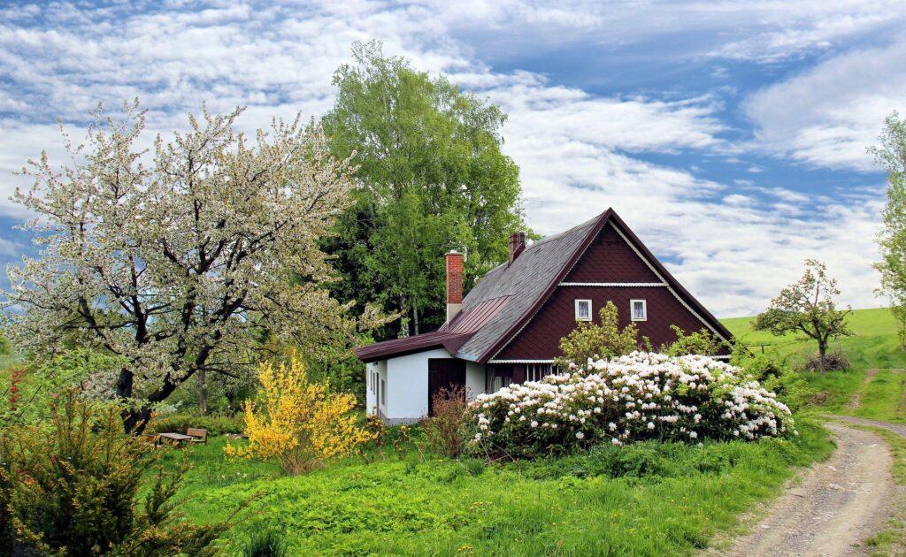 A pretty rural cottage
