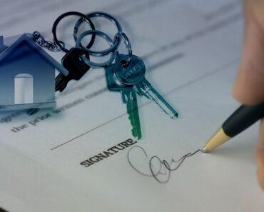 Signing for house keys