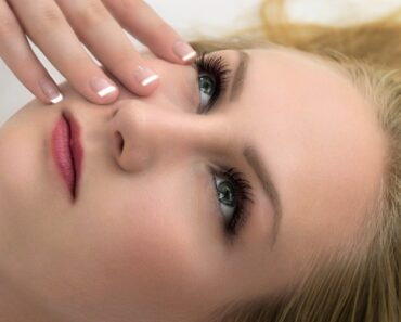5 Skin-Friendly Vitamins for Glowing Skin