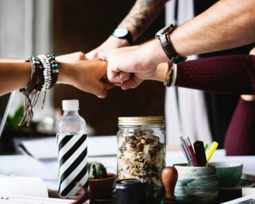 How to Choose the Right Dedicated Development Team for your Fintech Project?