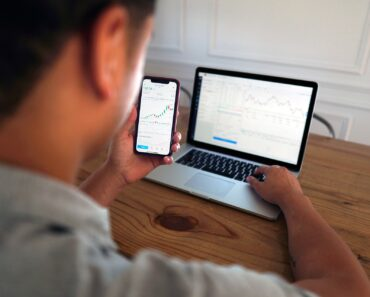 Institutional Traders vs Retail Traders – What You Need to Know