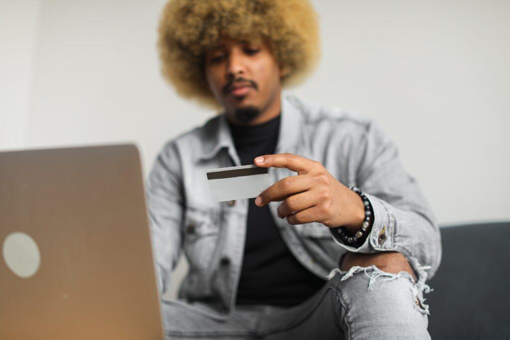 A man using his credit card