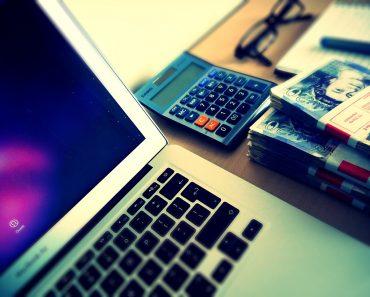 Online money management concept