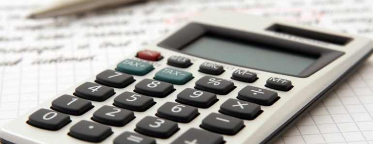 Calculating business finance costs