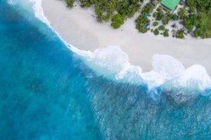 An enticing sandy tropical beach
