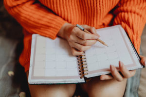 Scheduling events in a diary